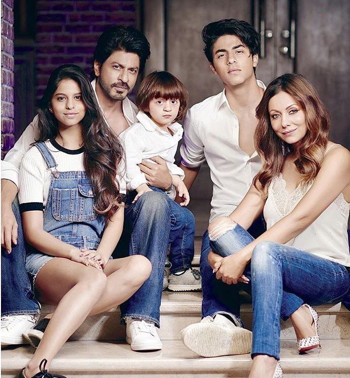SRK-and-His-Family